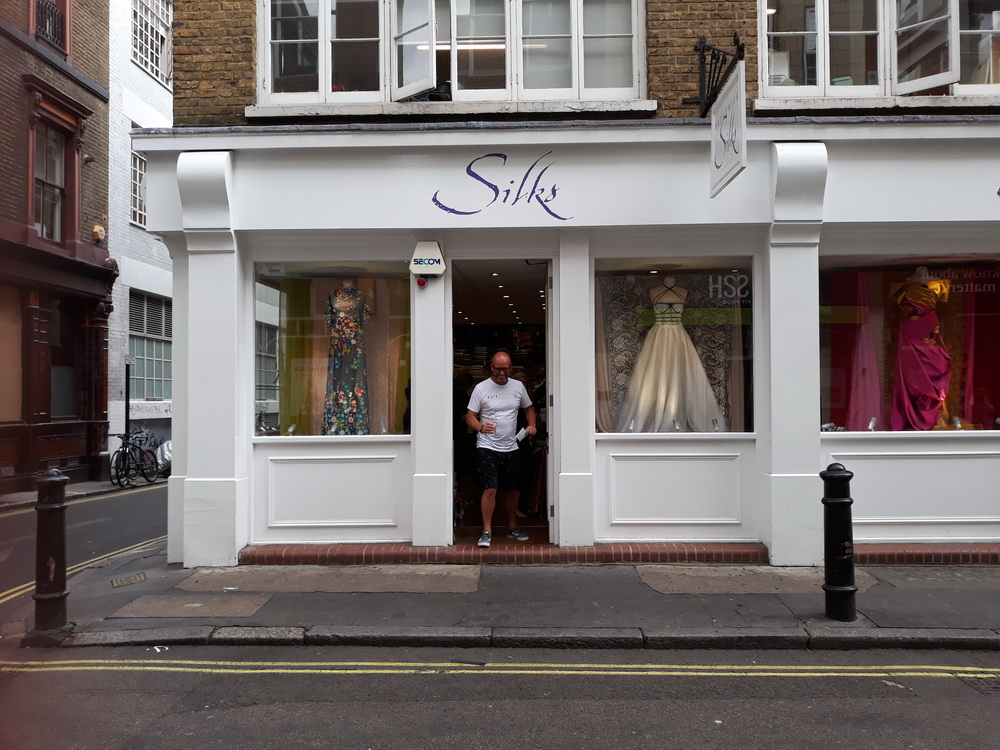 But first, we're still in London, and looking around shops. Box called in to this wedding shop to get directions, there was nothing unusual going on.