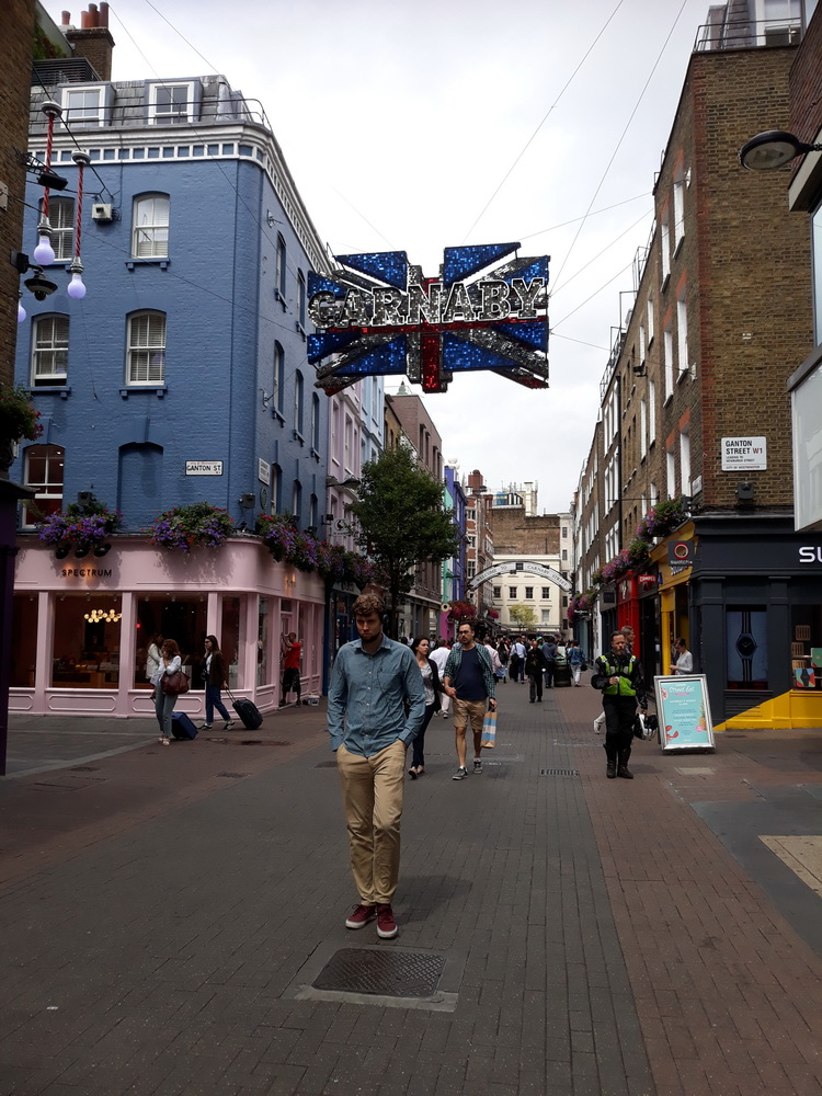 I remember Carnaby Street from the 1980s. It's somewhat 'designer' now and, I thought, had little atmosphere because of that.