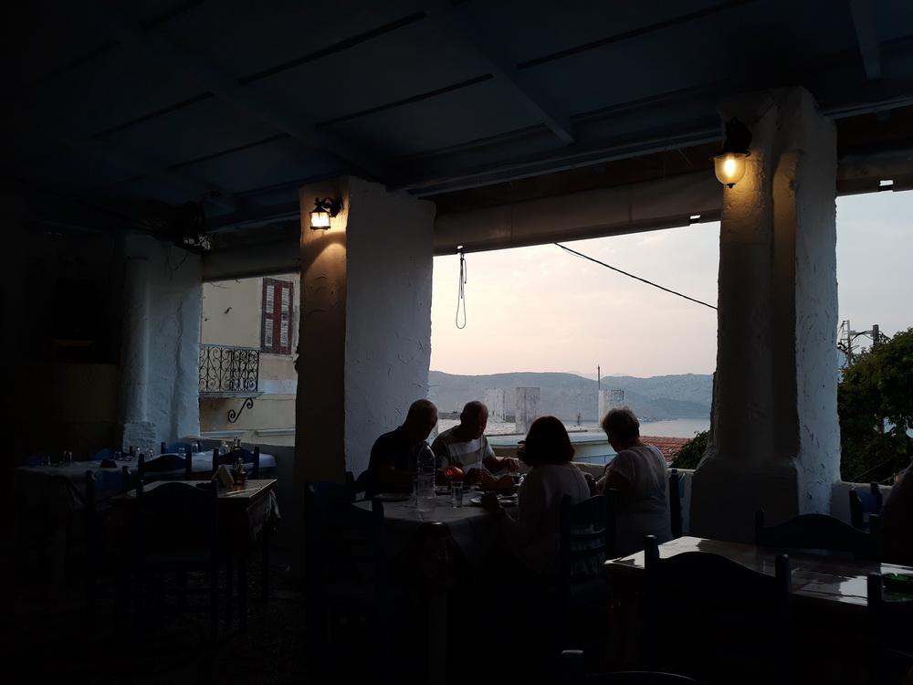 Early evening at George & Maria taverna